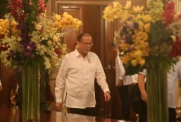 Aquino admin satisfaction rating all-time low
