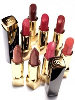 Chanel shimmers with new lip colors
