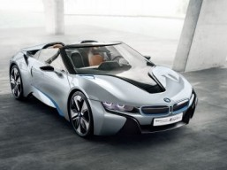 The BMW i8 could be available as a cabriolet in 2016