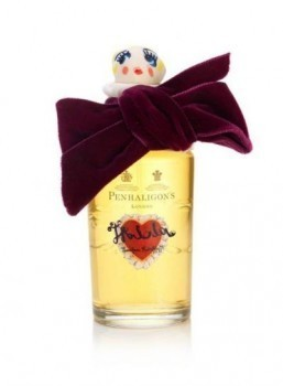 Meadham Kirchhoff & Penhaligon's: behind the scenes for Tralala