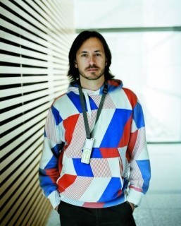 Apple recruits renowned designer Marc Newson