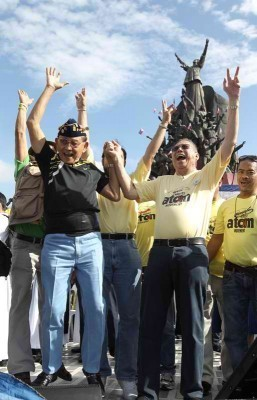 30 years after EDSA, Gringo thinks 'system' still the same