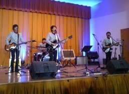 Consulate attends fundraising concert of REO Brothers of Tacloban