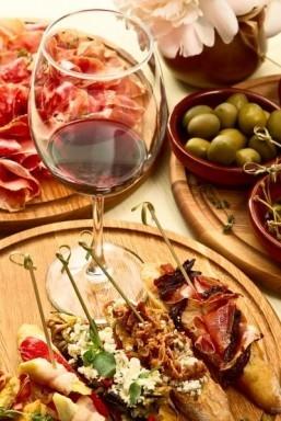 Saveur magazine sets sail on Spanish-themed food cruise