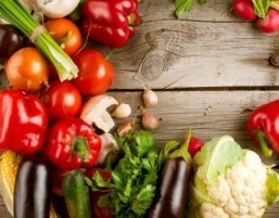 Fruits and vegetables for weight management: which ones are best?