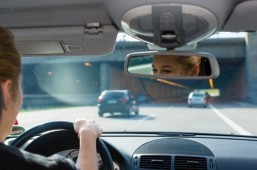 Too many US parents multitask while driving with kids: survey
