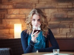 Light drinking less healthy than thought: study