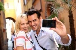 Selfie-indulgence the key to Instagram popularity