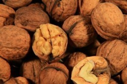 One way to extend your life? Eat nuts: study