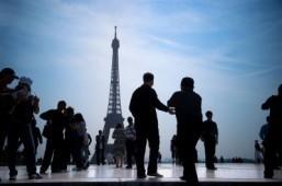 World tourism shows surprise spurt