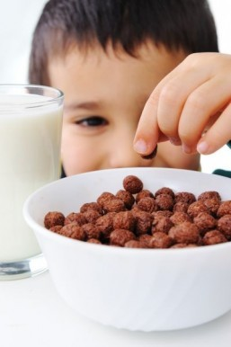 Drinking milk after eating sugary foods may cut cavity risk