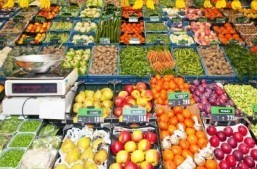 Break out the fruits and veggies to help avoid depression: study