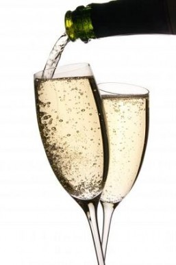 France predicts bumper champagne production this year