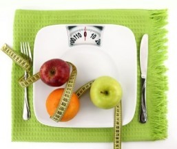 Good news: Weekend splurging and weight loss can go hand in hand