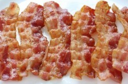 Pass on the bacon for better sperm: study