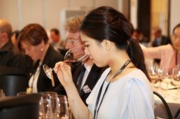 Bordeaux promoter named Asian Wine Personality of the Year