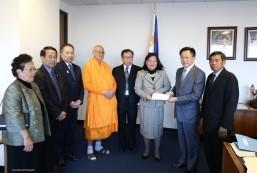 Wat Thai Los Angeles donates to Typhoon Yoland/Haiyan Relief